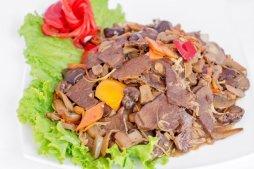 302 Говядина с овощами и грибами