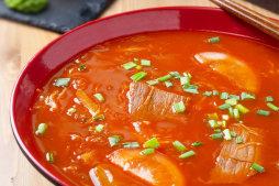 401 Суп томатный с говядиной
