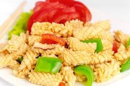 606 Кальмары-ежики тушеные с овощами