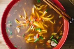 404 Суп из курицы с грибами
